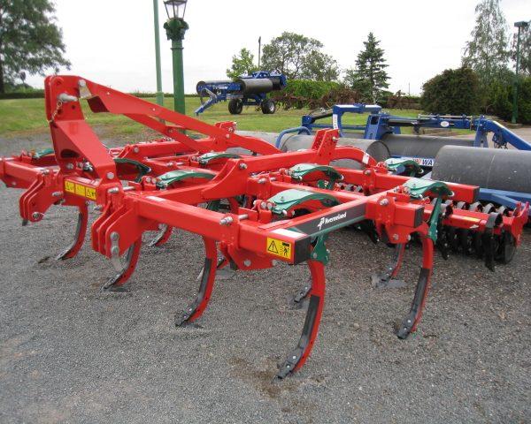 kverneland clc350 cultivator-1