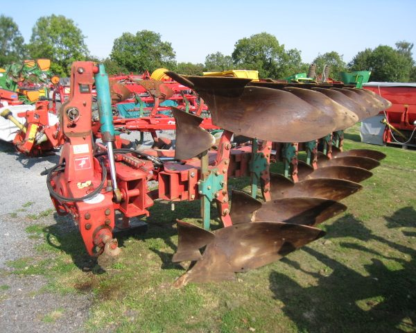 kverneland LB85-300-9 plough-3